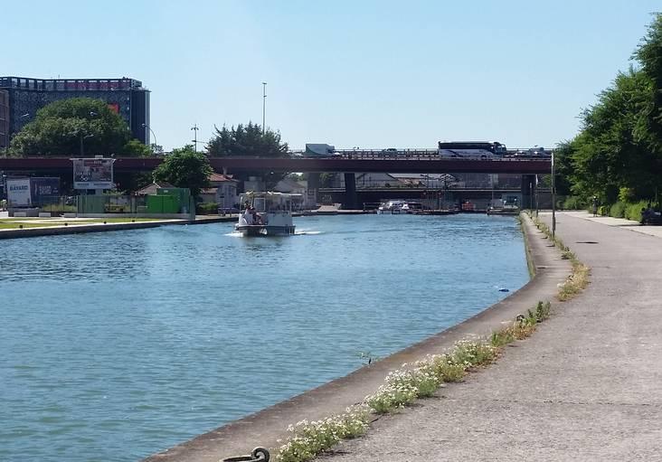 Croisière Canal Saint-Denis