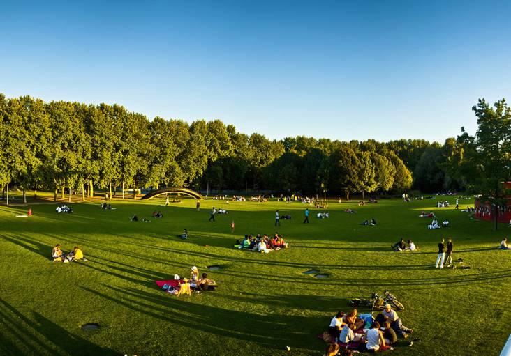 parc-de-la-villette-la-prairie-du-cercle-pierre-emmanuel-rastoin