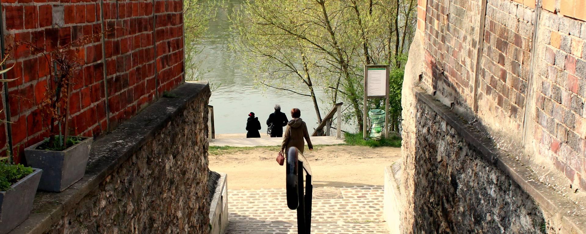 Balade au bord des berges de seine à Epinay-sur-seine