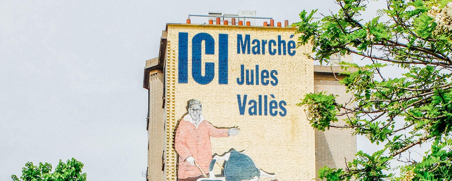 street-art in the flea market of Saint-Ouen