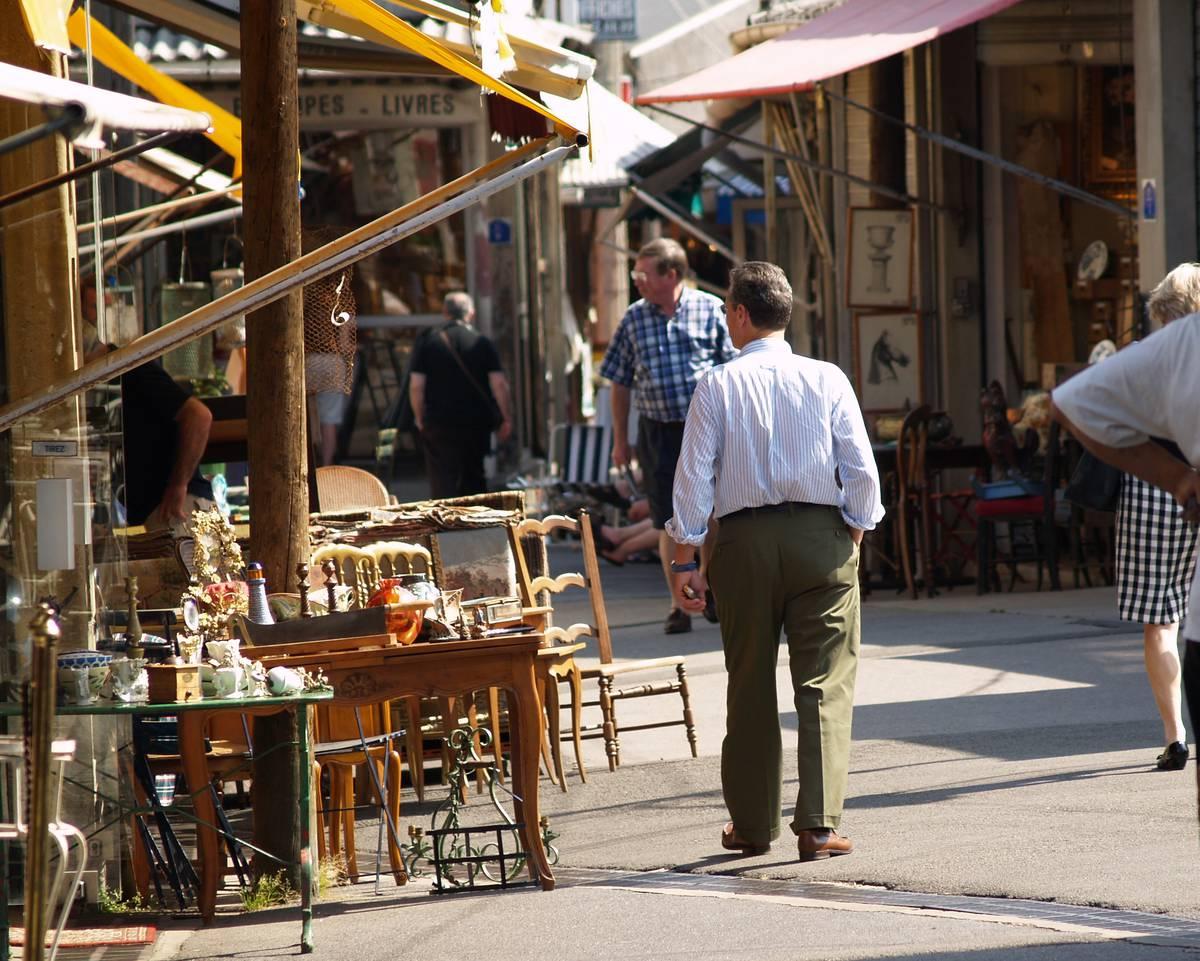 Visit the flea market plaine commune grand paris tourist office - Marche porte de clignancourt ...