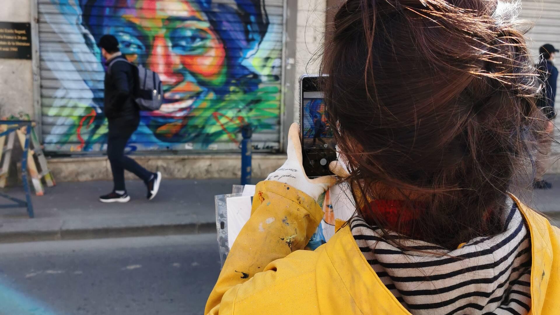 Beye, albertivillarienne et l'artiste Sema Lao - crédit Office de tourisme Plaine Commune Grand Paris
