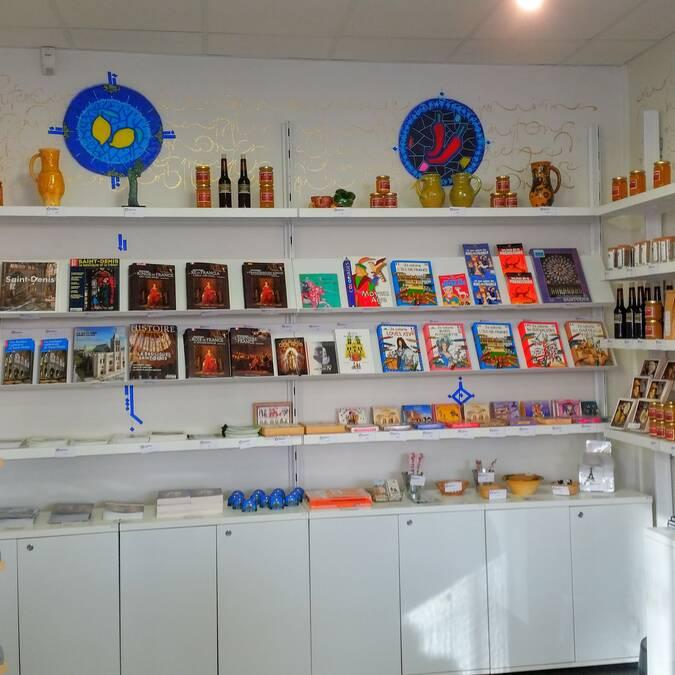 Boutique souvenirs de l'Office de Tourisme de Plaine Commune Grand Paris
