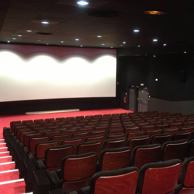 Intérieur de la salle de cinéma