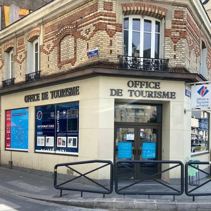 Le point d'information tourisme Basilique Saint-Denis - office de tourisme Plaine Commune Grand Paris